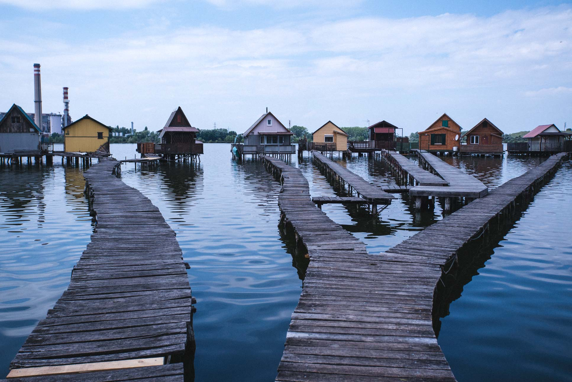 Photo by Pascal Sommer - The Bokodi Floating Village near Oroszlány